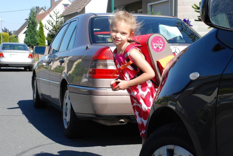 Spielzeug Rund Um Den Neuen Superhelden: Kinder Rechtzeitig Auf Den Schulweg Vorbereiten