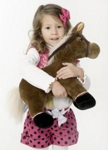 Kinderspielzeug vor dem Kauf prüfen - Bild: AOK Mediendienst