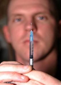 Grippe-Impfung der Familienmitglieder schützt Babys vor schwerer Erkrankung