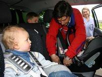 Bild: ÖAMTC - Kindersitzeinbautest 2012