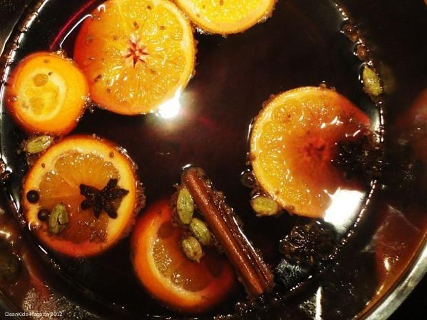 Glühwein und Fruchtpunsch: Heißer Genuss für kalte Wintertage