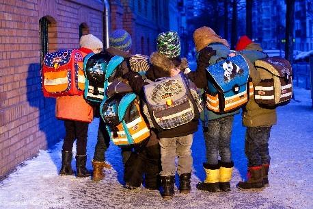 Schulranzen: Fast jeder zweite Ranzen ist mangelhaft - Bild: Stiftung Warentes