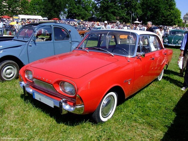 800px-Ford_TaunusP3_17M_1961_1
