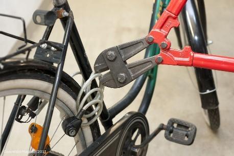 Fahrradschlösser: Selbst teure Schlösser sind oft schnell geknackt - Bild: Stiftung Warentest