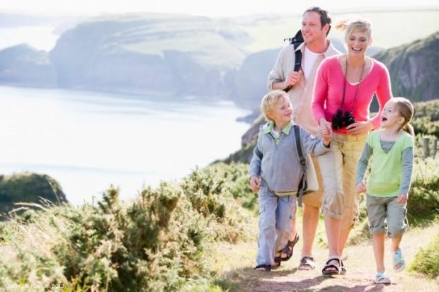 Urlaubs-Spartipps für Familien - Bild: Thinkstock