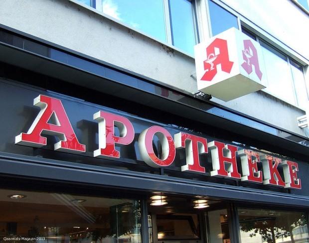 761px-Apotheke