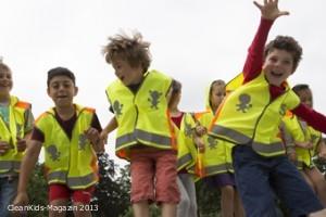 ADAC Sicherheitsweste 2013 - Die coolen Westen sind bei Kindern beliebt - Bild: ADAC e.V.