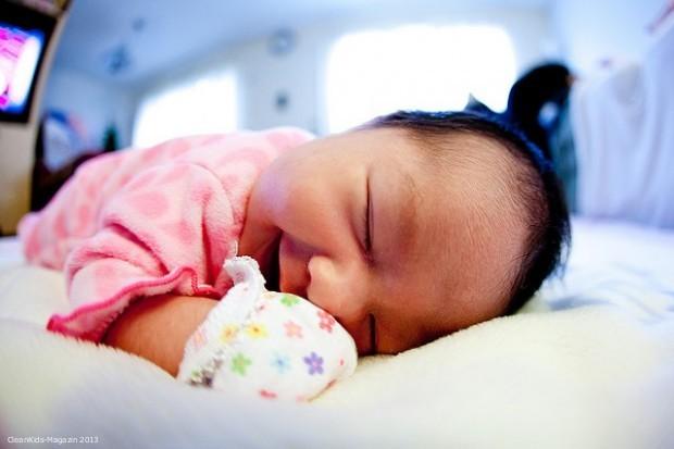 """Bild: © Robert Freiberger. """"Baby sleeping POV """" Bestimmte Rechte vorbehalten - . Quelle: Flickr.com"""