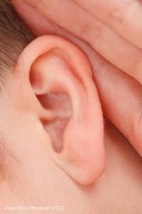 Hörstörungen können sich bei Kindern auch später entwickeln