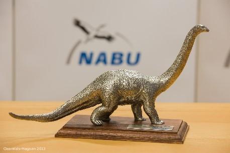 """NABU zeichnet Einweg-Lobby mit """"Dinosaurier des Jahres 2013"""" aus"""