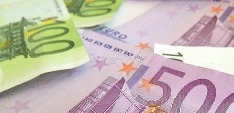 Finanztest Spezial Steuern 2014: Im Schnitt gibt es 900 Euro zurück