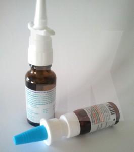 Keimschleuder Nasenspray - Auf den Düsenspitzen von Sprays florieren Nasenkeime