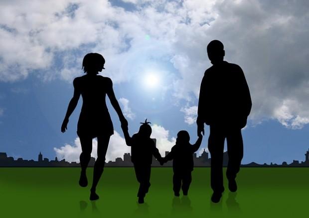 Familien 2013: Ehepaare noch dominierend, aber rückläufig