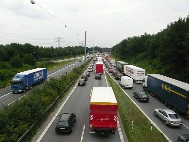 highway-171006_640