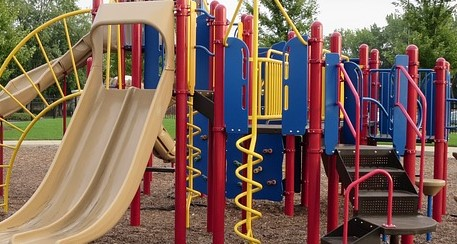 Das Deutsche Kinderhilfswerk bemängelt den Zustand der Spielplätze in Deutschland.
