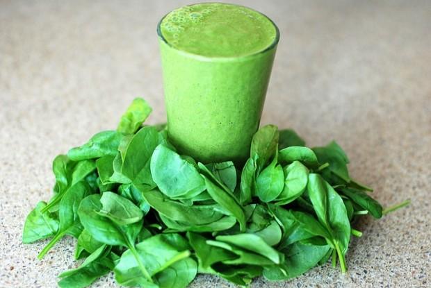 Spinat, Schnaps und Smoothies: Was von Ernährungsmythen zu halten ist