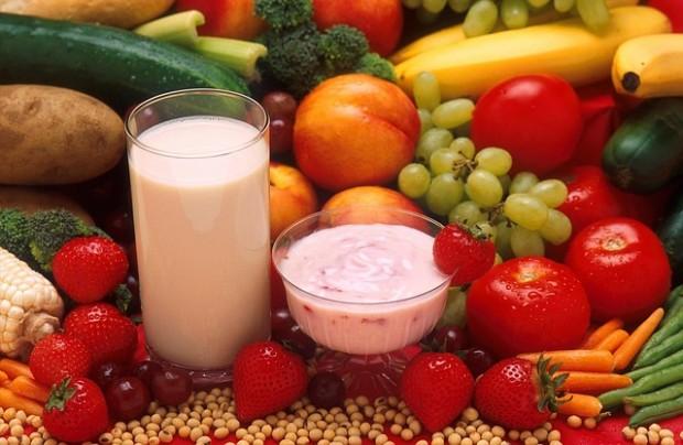 Eine abwechslungsreiche und ausgewogene Ernährung versorgt Kinder mit allen Nährstoffen, die sie benötigen