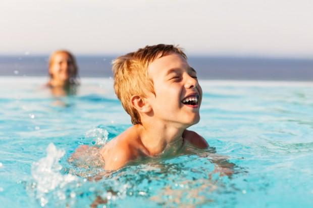 Reisen mit Kindern - Bild: © istock.com/ fotostorm