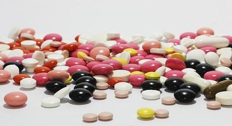 Häufige Antibiotikaeinnahme in der Kindheit erhöht möglicherweise das Risiko für eine Rheumaerkrankung
