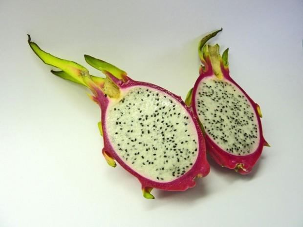 Drachenfrucht: Die Exotin mit der pinken Schale
