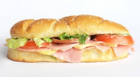"Zu fettig, zu salzig, kaum Vitamine: WDR testet ""Snacks to go"""
