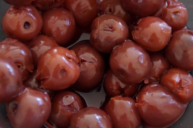 cherries-214124_640
