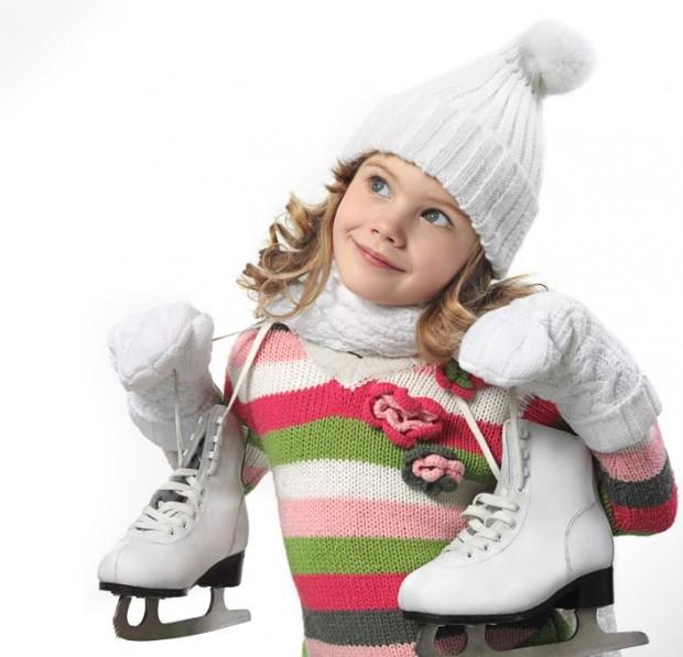 Frostiger Familienspaß in der Eissporthalle  - Bild: © istock.com/Dedukh