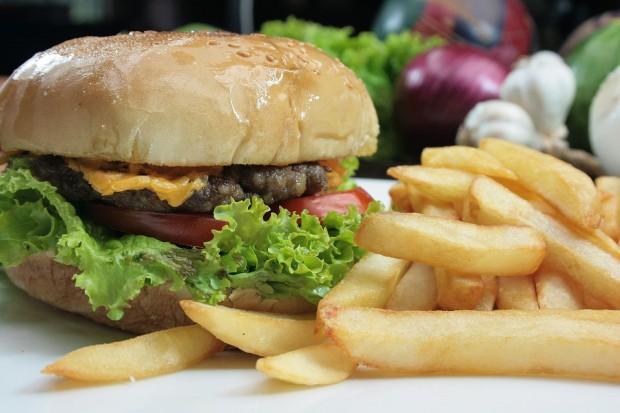 Studie: Abgepackte Lebensmittel mit Weichmachern belastet?