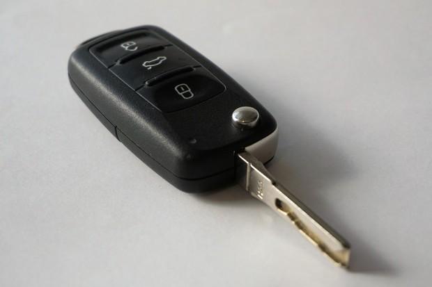 car-keys-1234786_960_720