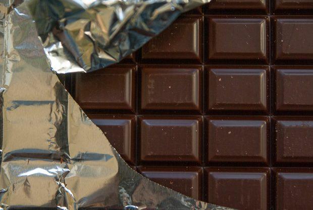 Bitterschokolade: Sieben von 20 getesteten Schokoladen mit Mineralölrückständen belastet