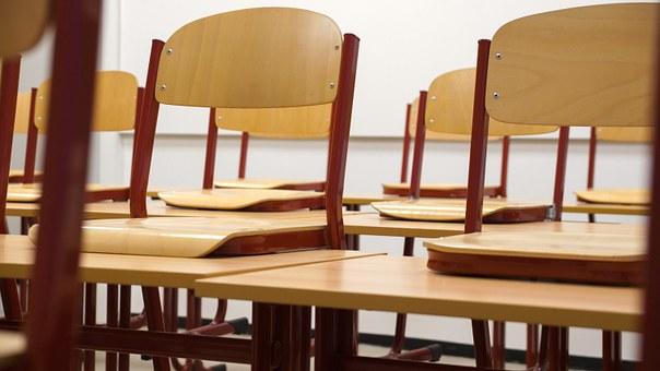 classroom-824120__340