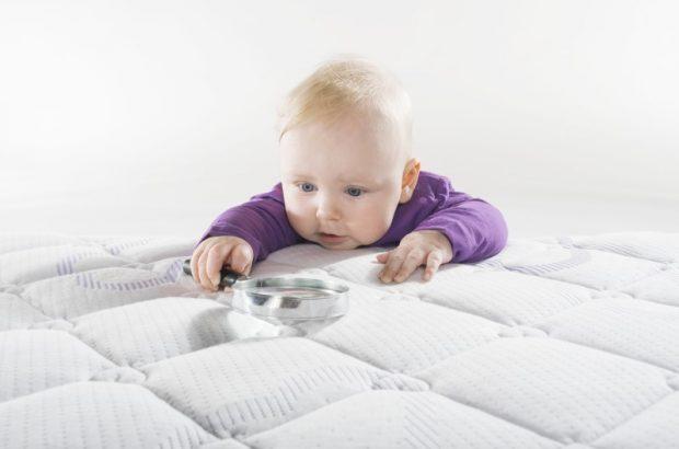 Das Halbmetall Antimon: Gefahrenstoff im Baby- und Kinderbett