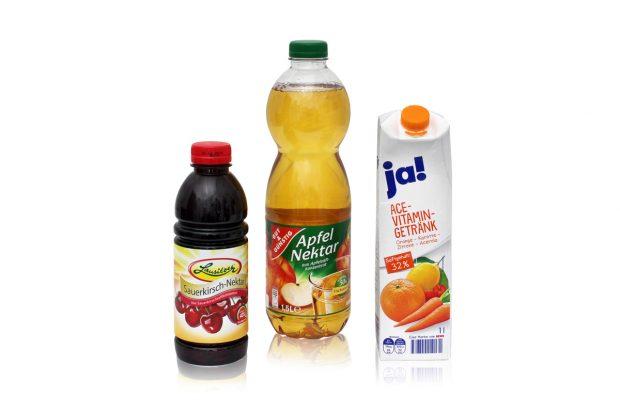 """Dass eine verbraucherfreundlichere Kennzeichnung möglich ist, beweist dagegen die Rewe-Eigenmarke """"ja!"""" mit ihrem """"ACE-Vitamin-Getränk""""."""