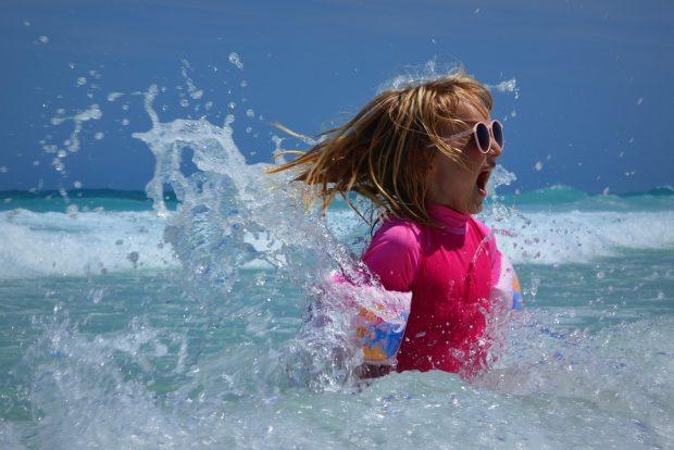 Die wichtigsten Hygiene-Regeln für Kinder im Urlaub