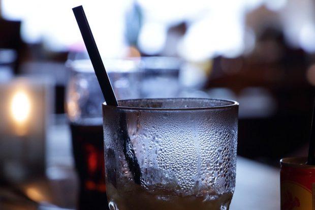Vollrausch schädigt junges Hirn:Neurophysiologen warnen vor Alkoholkonsum bei Jugendlichen