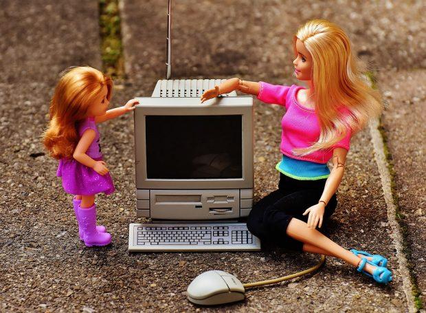 Schullaptop - Digitalisierung, Gefahren und Schutz - was Eltern tun können