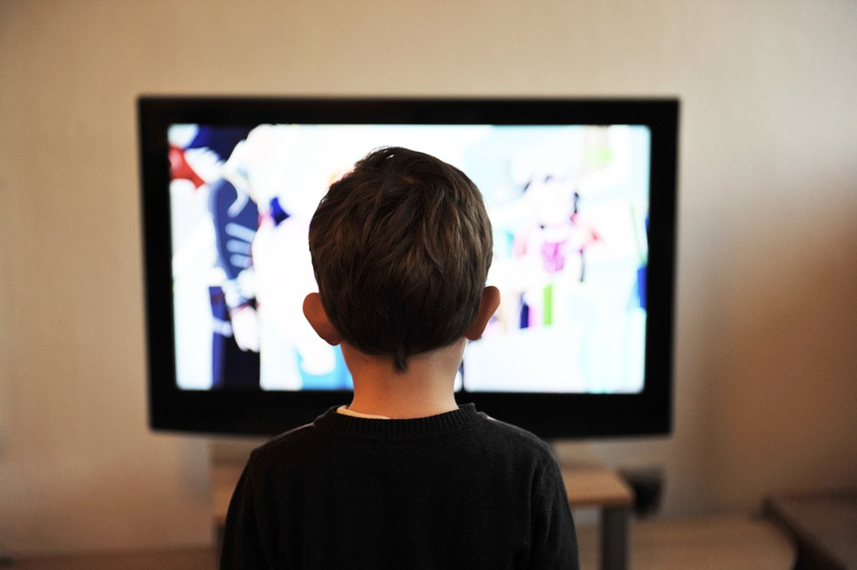 Viel mehr Medienkonsum als Sport bei Jugendlichen