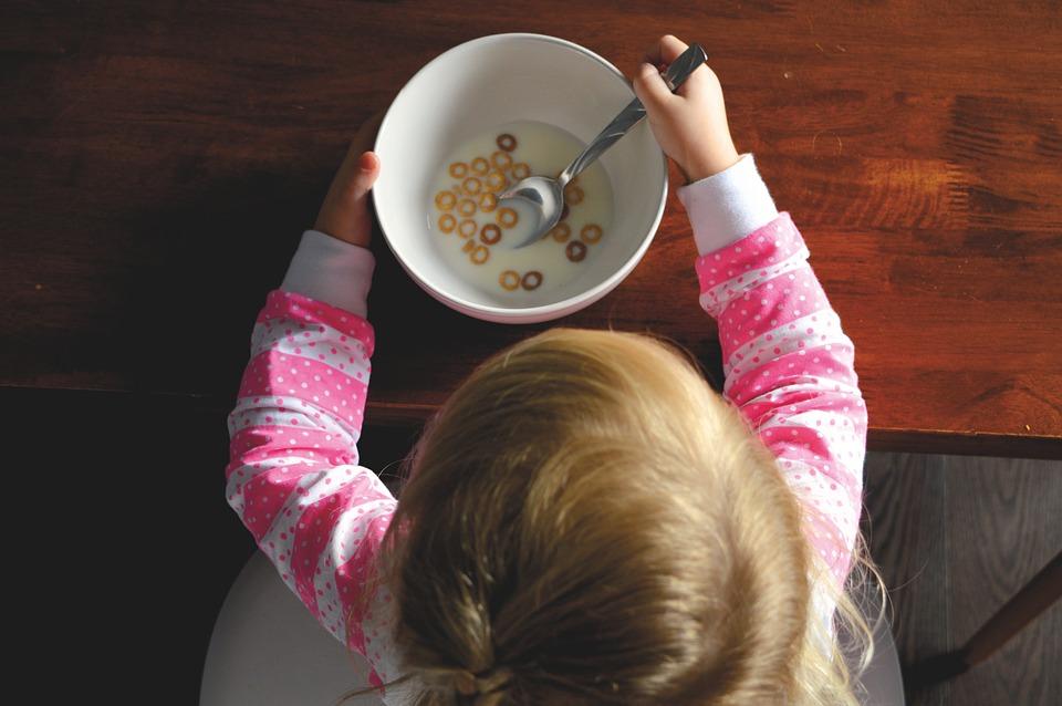 Übergewichtige Kinder und Teenager: Nicht immer sind die Hormone schuld