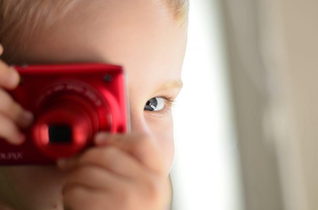 Darauf sollte man beim Kauf einer Kamera für Kinder achten