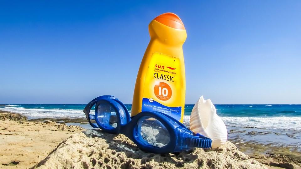 Sonnenschutzmittel für Kinder - Die besten kosten wenig