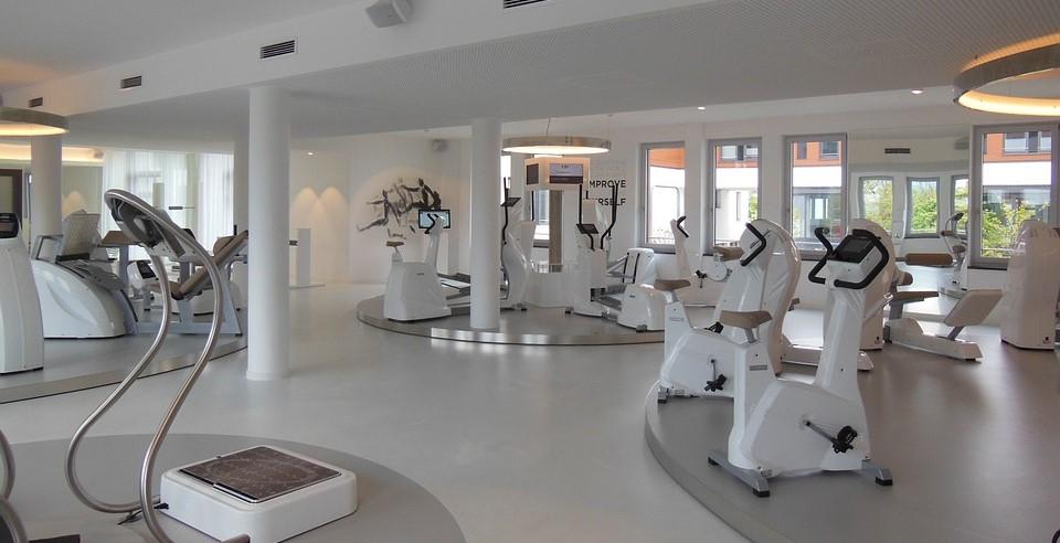 Fitness Studios Corona