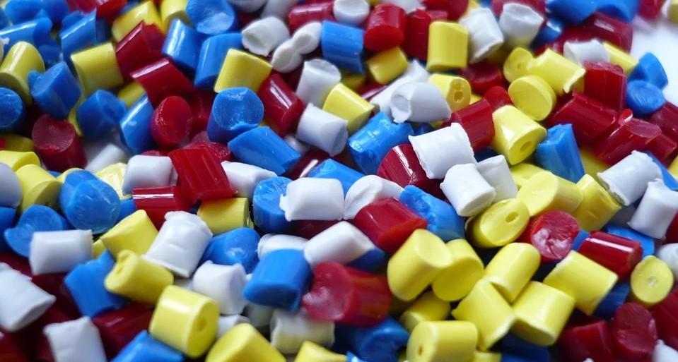 Kunststoffgranulat als Ausgangsbasis für Spritzguss