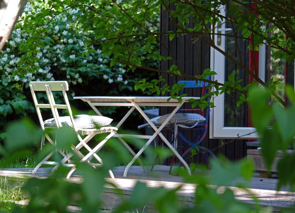 Auch Gartenmöbel brauchen Schutz